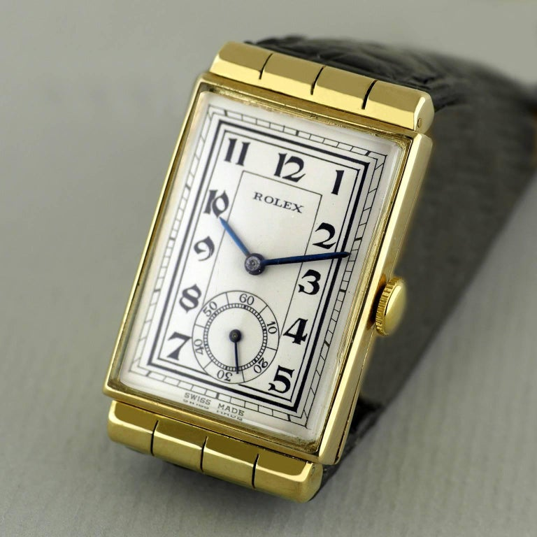 Rolex Yellow Gold Hooded Lugs Vintage Art Deco Wristwatch, 1937 In Excellent Condition For Sale In London, GB