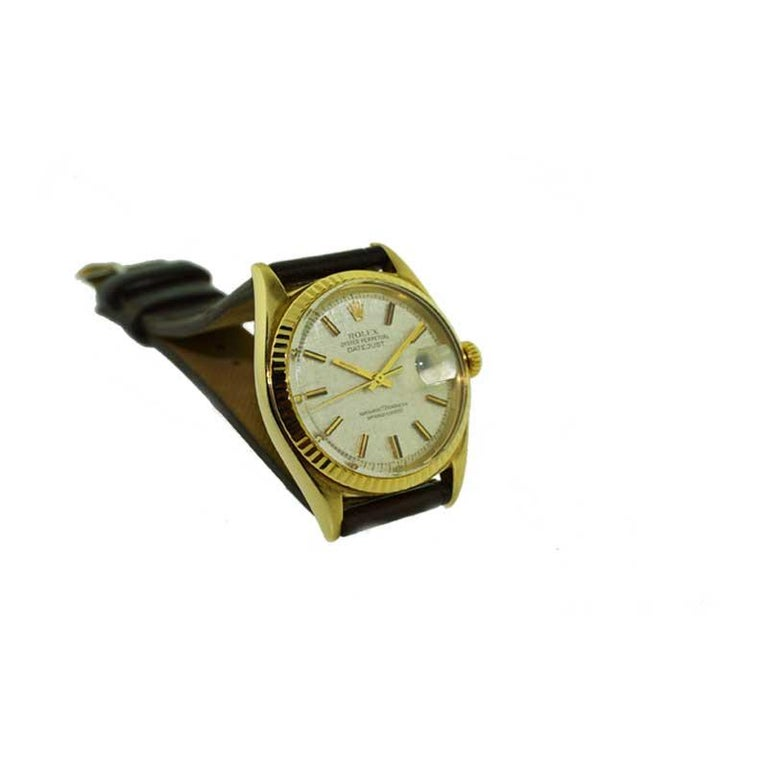Rolex Yellow Gold Linen Dial Oyster Perpetual Datejust Watch, circa 1960s 3