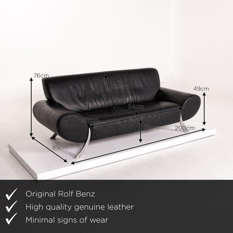 We present to you a Rolf Benz leather sofa black three-seat couch.