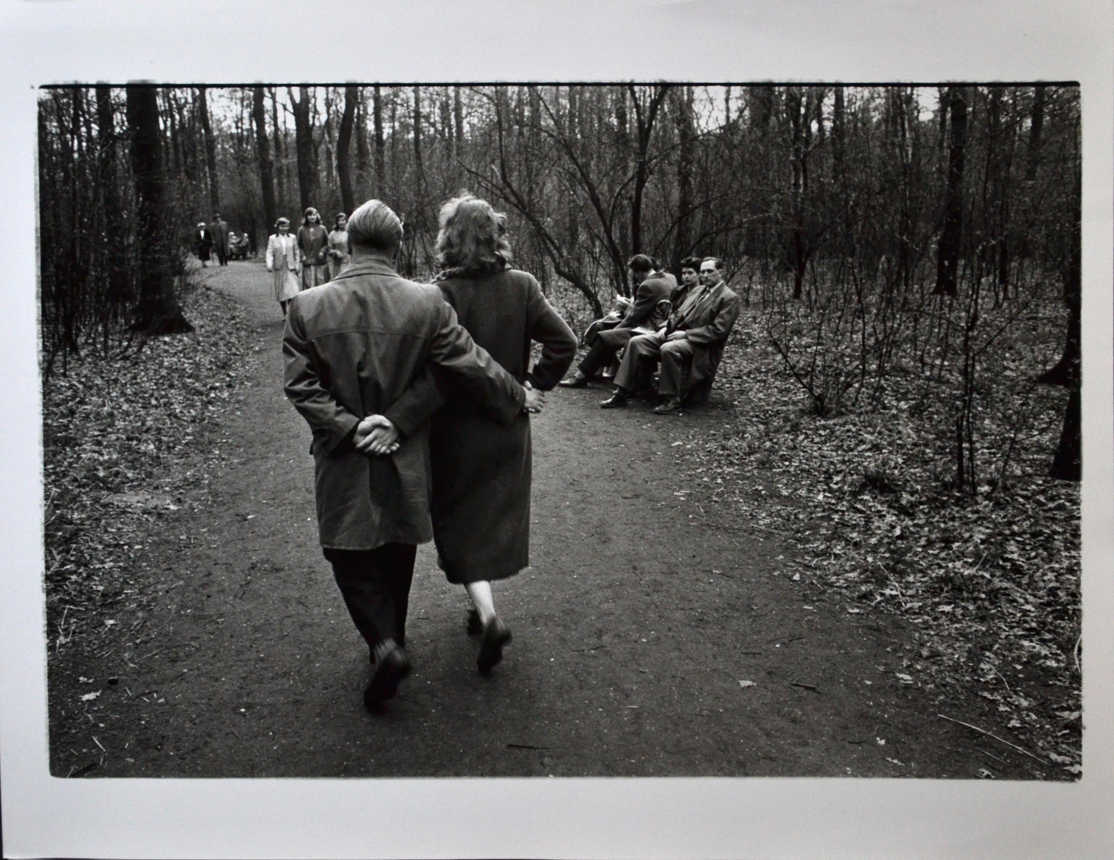 A walk in the park - Germany 1950ies - signed