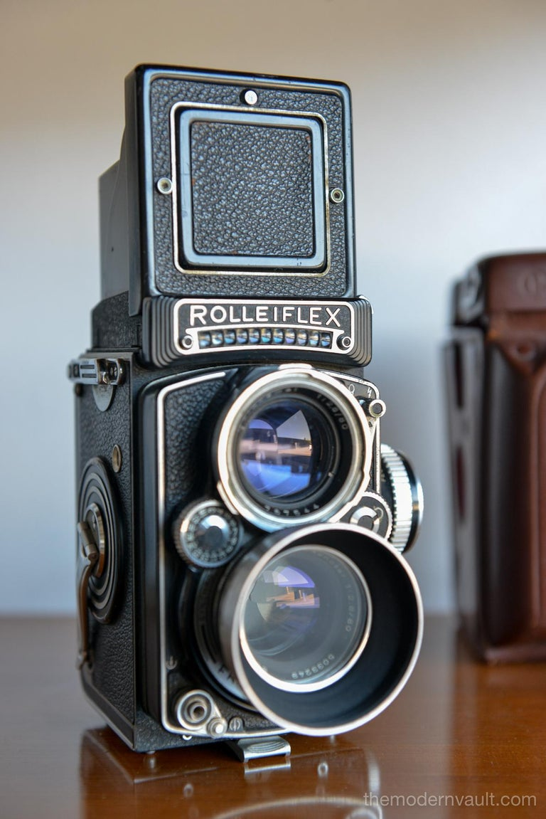 Mid-Century Modern Rolleiflex 2.8E TLR Camera with Case and Accessories, circa 1958 For Sale