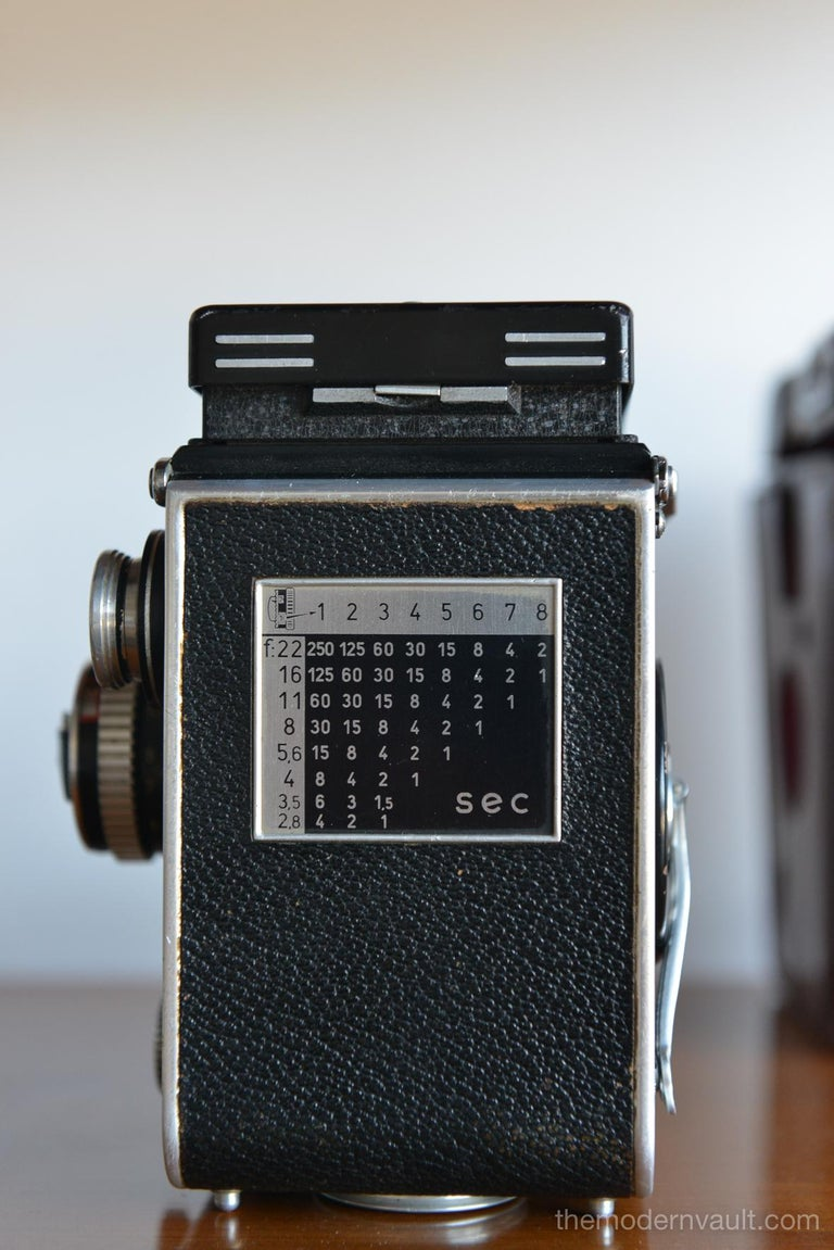 Mid-20th Century Rolleiflex 2.8E TLR Camera with Case and Accessories, circa 1958 For Sale