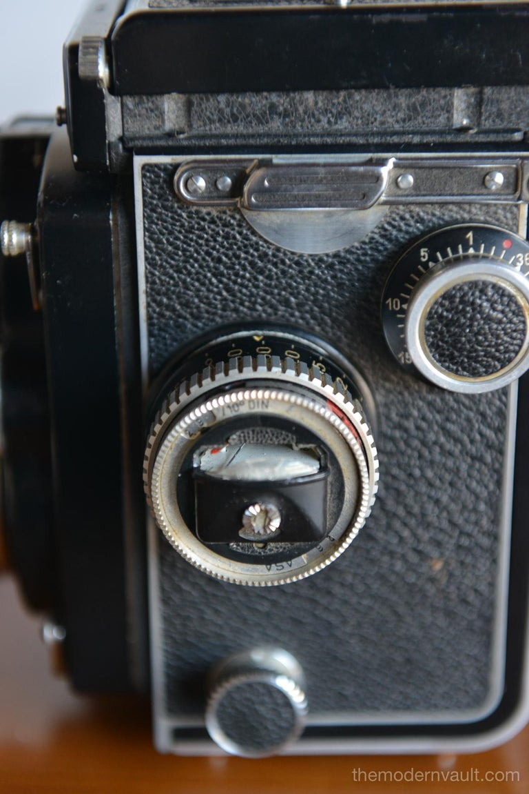 Rolleiflex 2.8E TLR Camera with Case and Accessories, circa 1958 For Sale 1