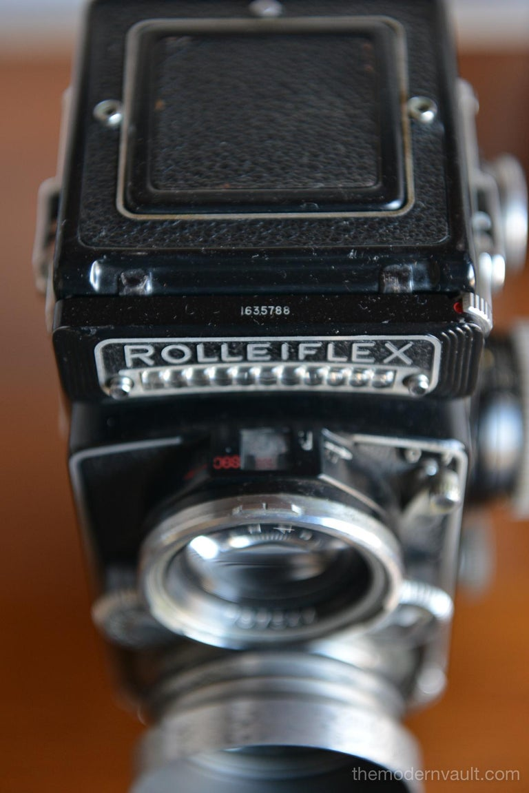 Rolleiflex 2.8E TLR Camera with Case and Accessories, circa 1958 For Sale 2
