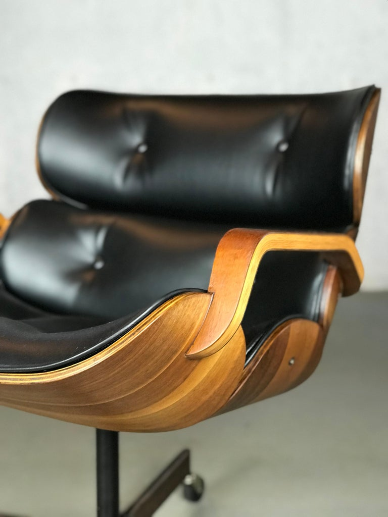 Rolling Segmented Lounge or Desk Chair by George Mulhauser for Plycraft For Sale 1