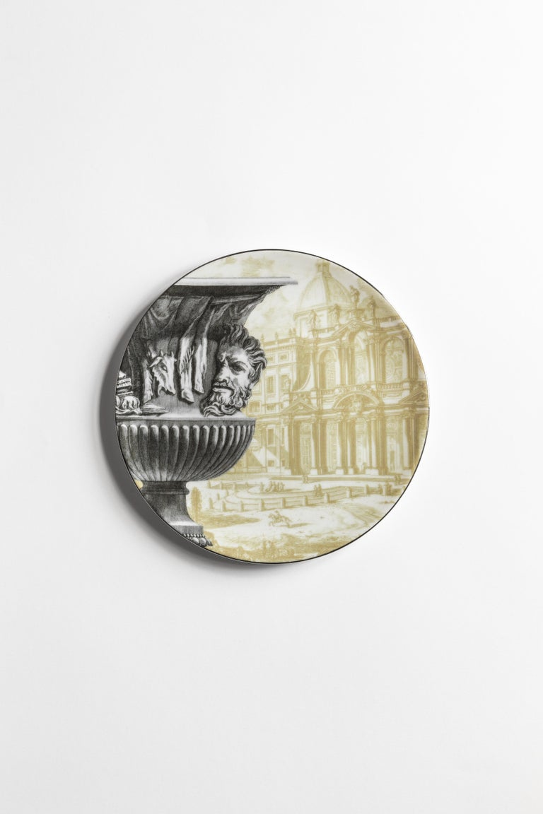 Roma, Six Contemporary Porcelain Dinner Plates with Decorative Design In New Condition For Sale In Milan, IT