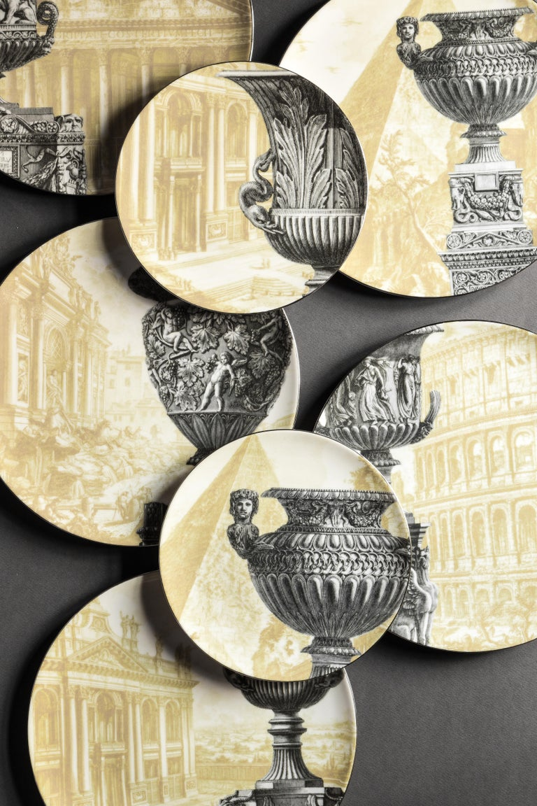 Roma, Six Contemporary Porcelain Dinner Plates with Decorative Design For Sale 4