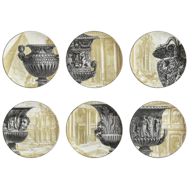 Roma, Six Contemporary Porcelain Dinner Plates with Decorative Design For Sale