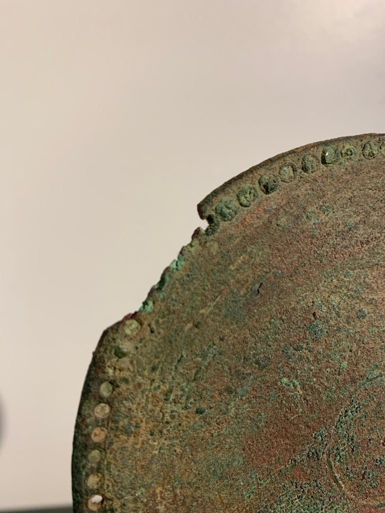Roman Bronze Hand Mirror with Beautiful Patina, circa 1st Century For Sale 4