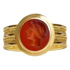 Roman Carnelian Intaglio 1st-2nd Cent, AD 18 Kt Gold Ring Depicting God Apollo