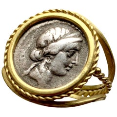 Roman Coin 'Authentic Denarius-1st Century B.C.' 18 Kt Gold Ring depicting Venus