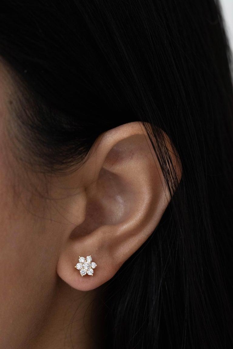 Round Cut Roman Malakov, 0.66 Carat Round Diamond Flower Stud Earrings For Sale