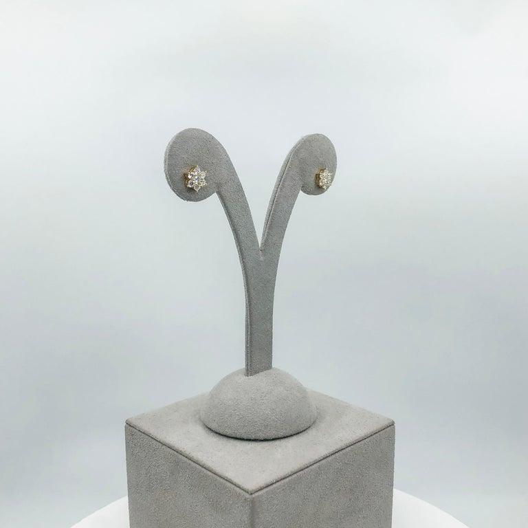 Women's or Men's Roman Malakov, 0.66 Carat Round Diamond Flower Stud Earrings For Sale
