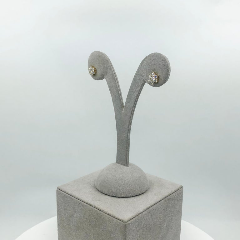 Roman Malakov, 0.66 Carat Round Diamond Flower Stud Earrings For Sale 1