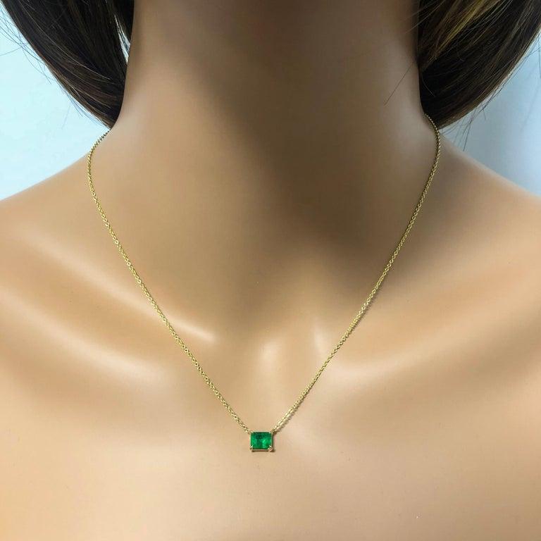 Emerald Cut Roman Malakov 1.04 Carat Green Emerald Solitaire Pendant Necklace For Sale