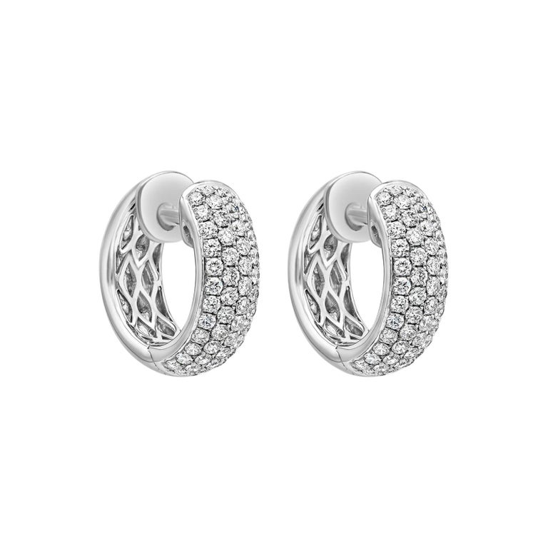 Roman Malakov 1.19 Carat Round Diamond Huggie Hoop Earrings For Sale