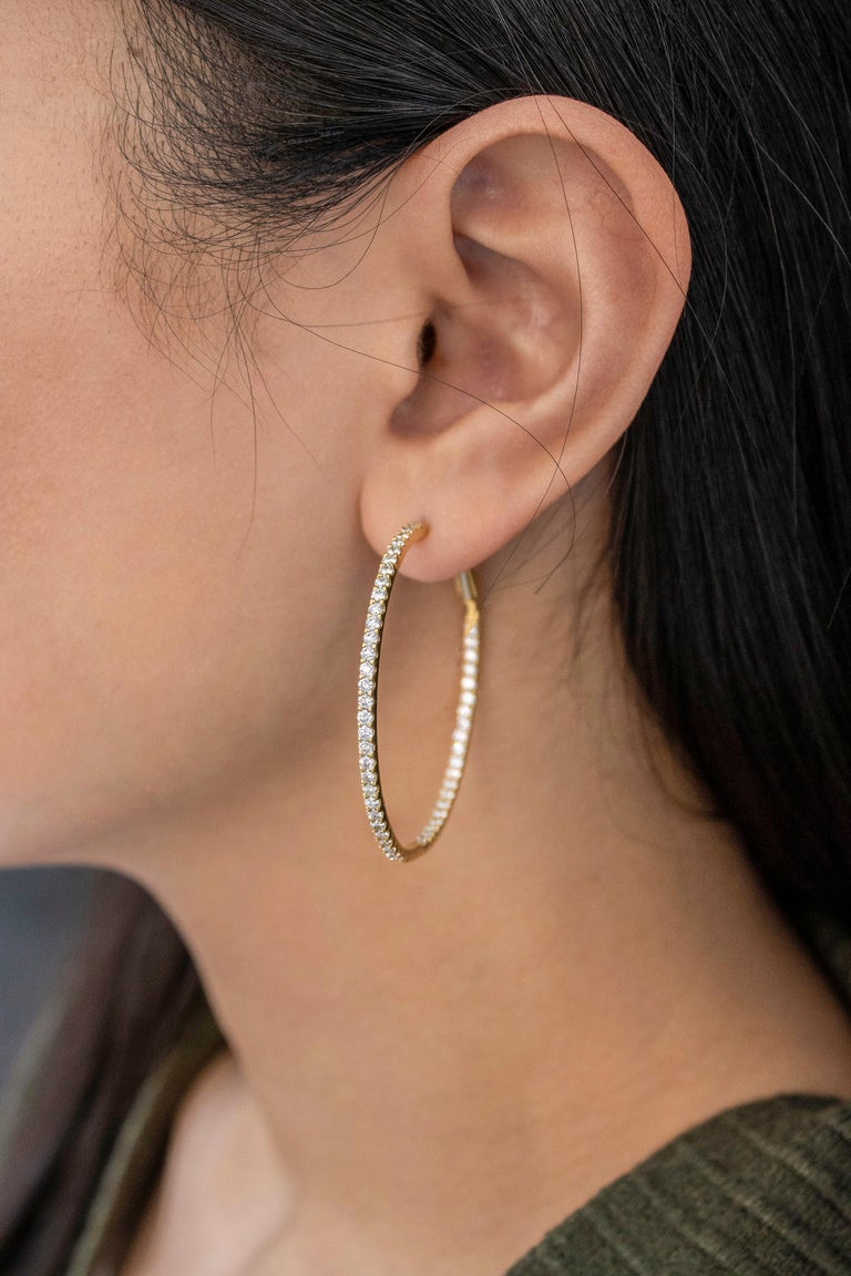 Roman Malakov 2.48 Carat Round Diamond Hoop Earrings in Yellow Gold In New Condition For Sale In New York, NY