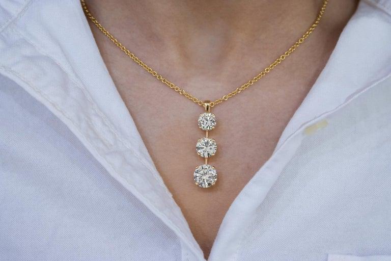 Round Cut Roman Malakov 7.05 Carat Diamond Three-Stone Journey Pendant Necklace For Sale