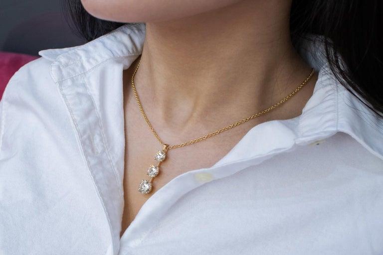Roman Malakov 7.05 Carat Diamond Three-Stone Journey Pendant Necklace In New Condition For Sale In New York, NY