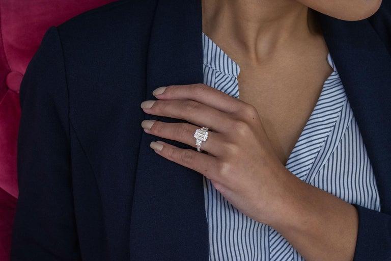 Women's Roman Malakov Emerald Cut Illusion Diamond Cluster Engagement Ring For Sale