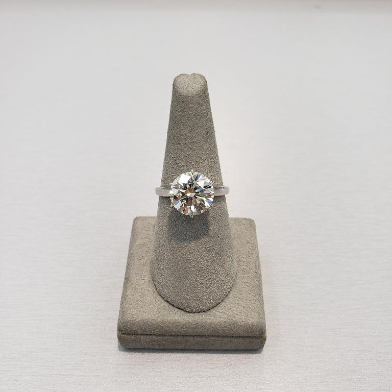 Roman Malakov GIA Certified 4.01 Carat Round Diamond Solitaire Engagement Ring In New Condition For Sale In New York, NY
