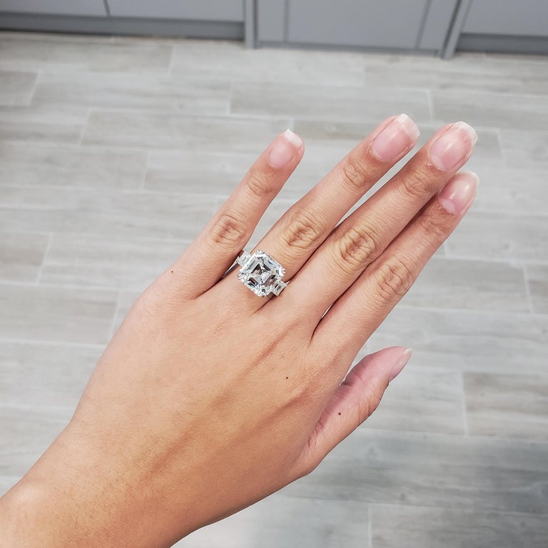 Contemporary Roman Malakov GIA Certified Asscher Cut Diamond Three-Stone Engagement Ring For Sale