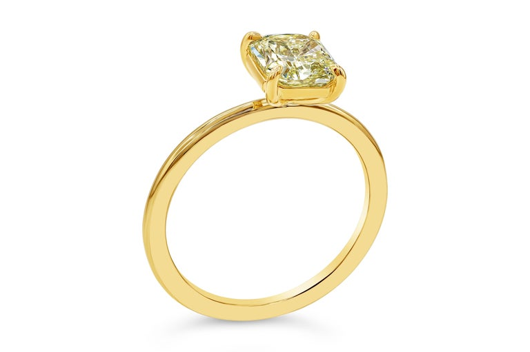Contemporary Roman Malakov GIA Certified Intense Yellow Diamond Solitaire Engagement Ring For Sale