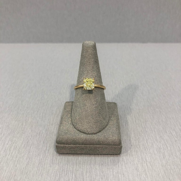 Women's Roman Malakov GIA Certified Intense Yellow Diamond Solitaire Engagement Ring For Sale