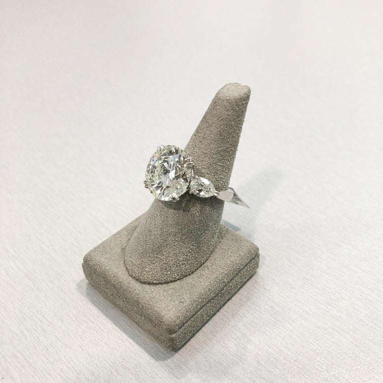 Women's Roman Malakov GIA Certified Round Diamond Three-Stone Engagement Ring For Sale