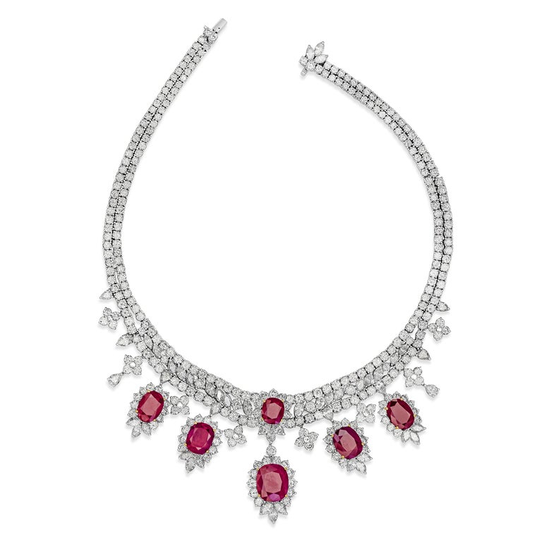 Roman Malakov, Oval Cut Ruby and Diamond Necklace in 18k White Gold In New Condition For Sale In New York, NY