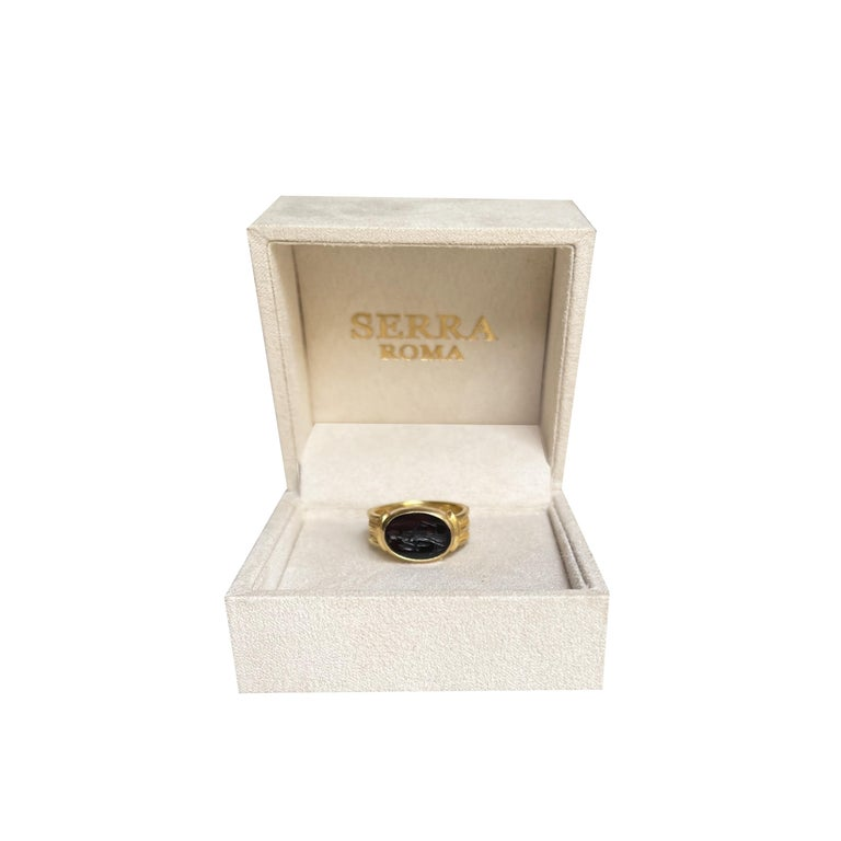 Oval Cut Roman Onyx Intaglio Gold Ring Depicting a Fortune with Horn of Plenty and Rudder For Sale