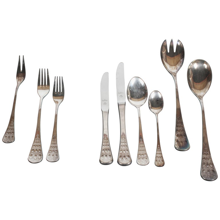 Romance, Bijorn Windblad Rosenthal Silverplate Flatware for 12 with Case 79 Pcs For Sale