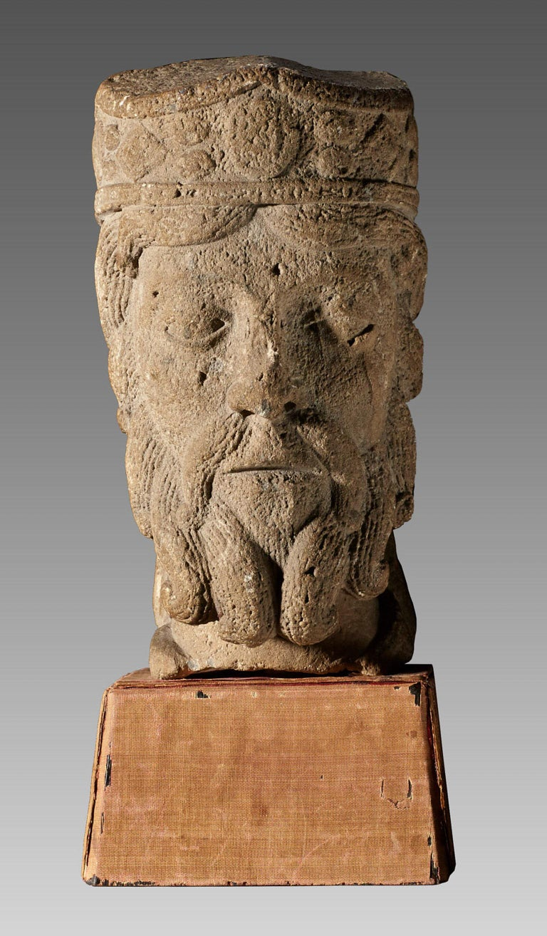 Rare Romanesque Caen limestone head of a king, Northern France, Probably Paris,? circa 1100-1200. 