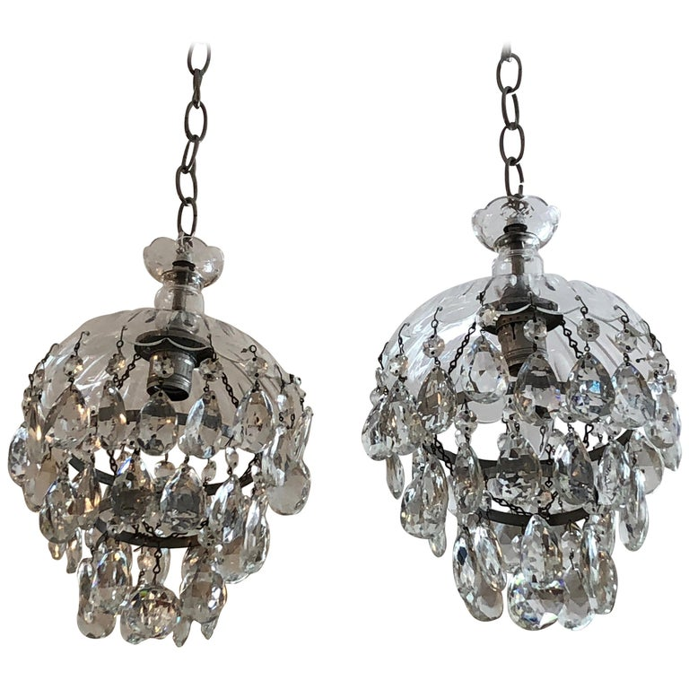 Romantic Pair of Pretty Cut Glass and Crystal French Chandelier Pendants For Sale