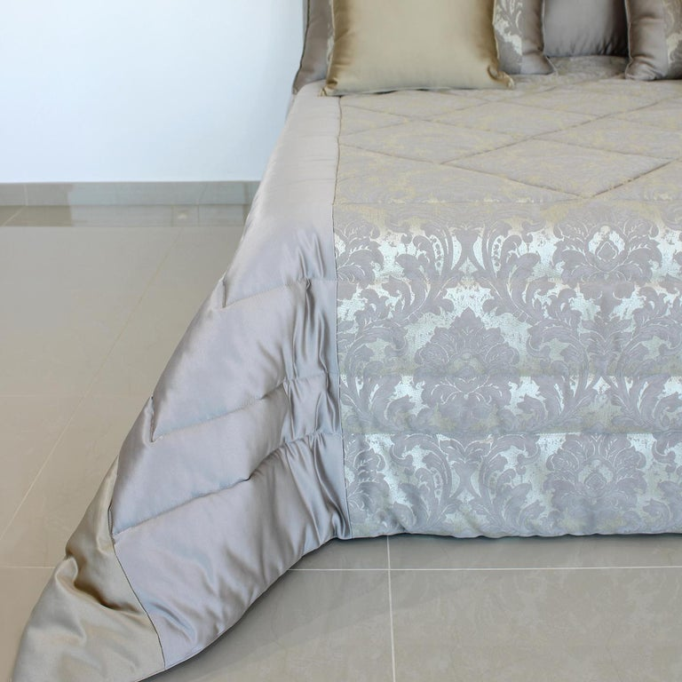 Italian Rome King Size Bedding Set For Sale