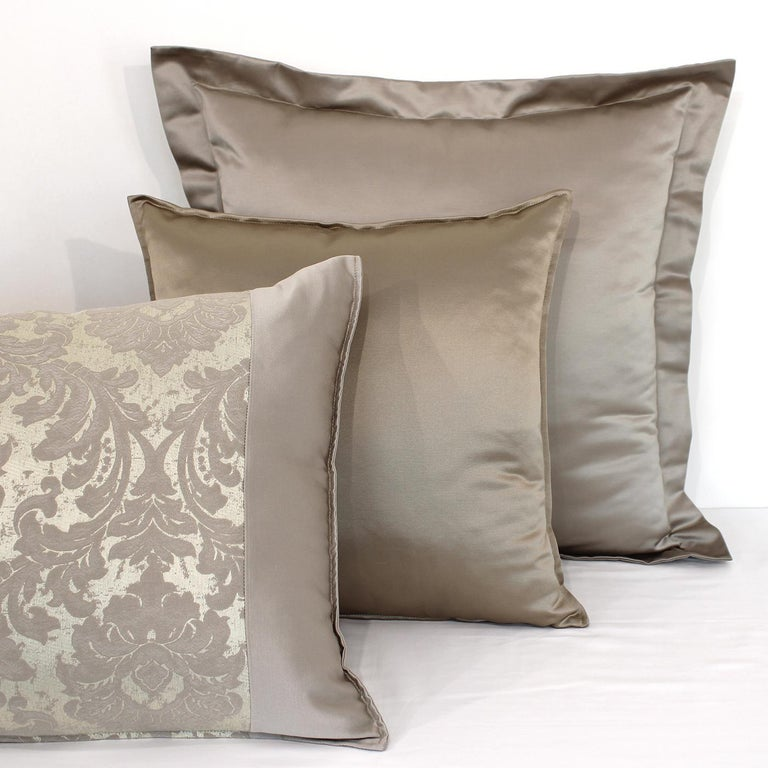 Rome King Size Bedding Set In New Condition For Sale In Milan, IT