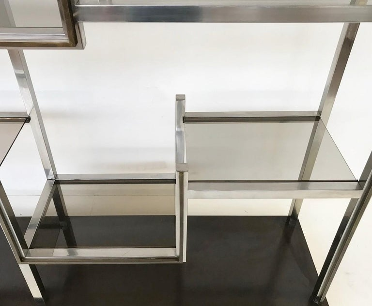 Romeo Rega Chrome and Brass Shelf, Smoked Glass, Italy, circa 1970 In Good Condition For Sale In Brussels, BE