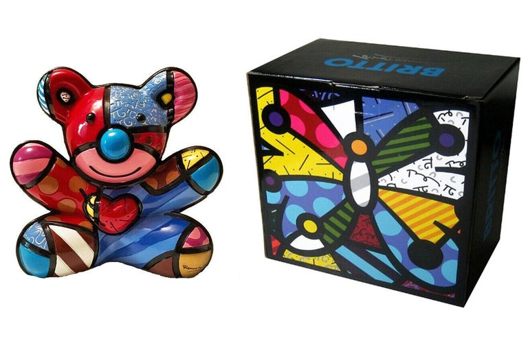 Poly resin sculpture.  Britto signature stamped on lower right.  From the edition of 4000 (2nd edition).  Comes in original box with Britto studio certificate of authenticity.   Artwork is in excellent condition. All reasonable offers will be