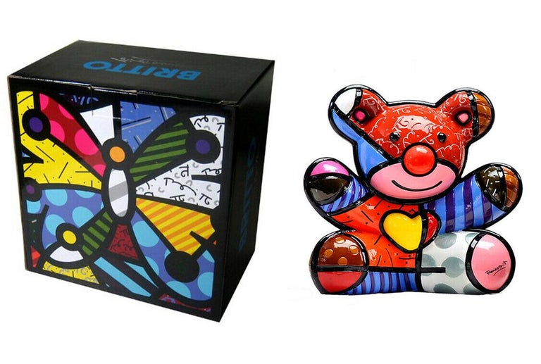 Poly resin sculpture.  Britto signature stamped on lower right.  From the edition of 4000 (1st edition).  Comes in original box with Britto studio certificate of authenticity.   Artwork is in excellent condition. All reasonable offers will be