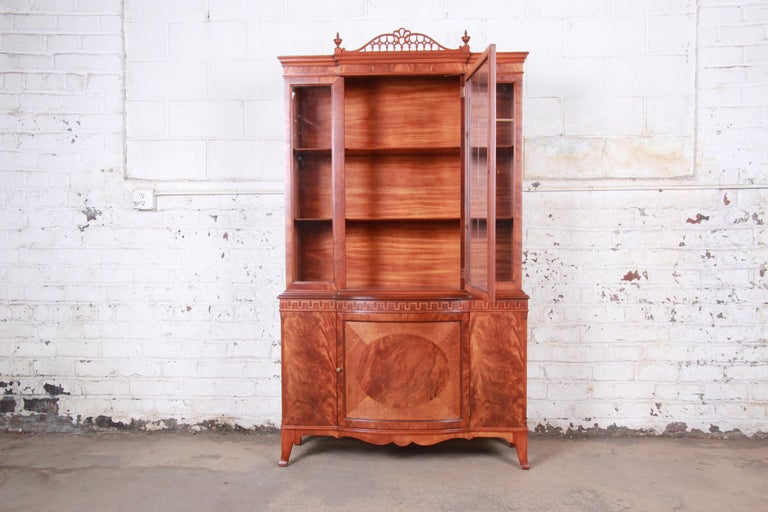 American Romweber Flame Mahogany Breakfront Display Cabinet or Bookcase, circa 1940s For Sale