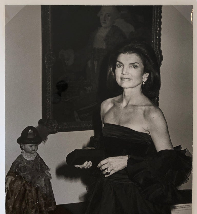 Jacqueline Kennedy Onassis at the Metropolitan Museum of Art For Sale 3