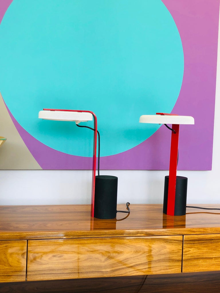 American Ron Rezek Post Modern Red, Black and White Table Desk Pair of Lamps For Sale