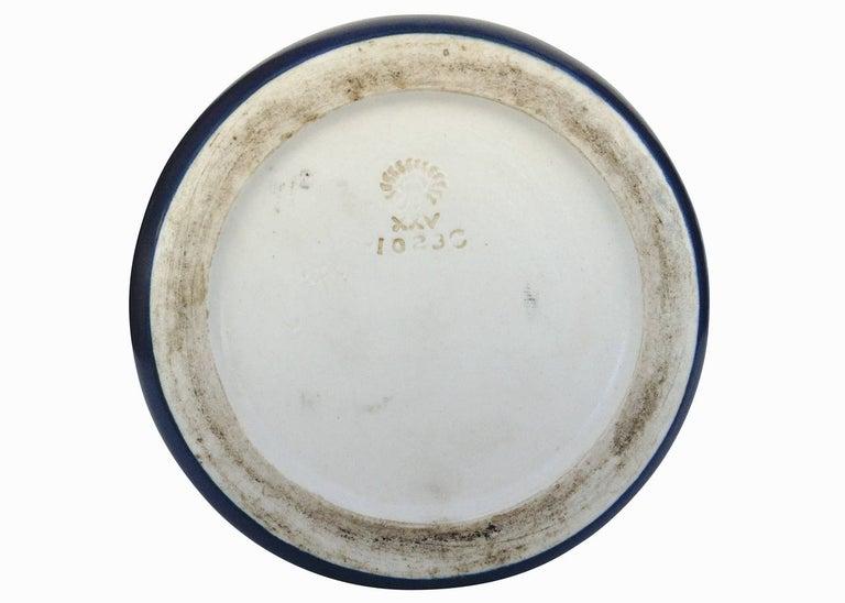 Rookwood Pottery Vellum Glaze Vase, circa 1925 For Sale 3