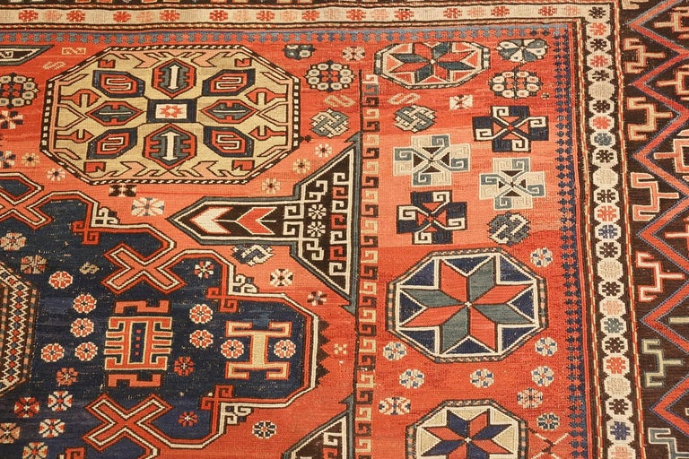 20th Century Room Size Antique Soumak Caucasian Rug. Size: 8 ft 2 in x 10 ft 2 in For Sale