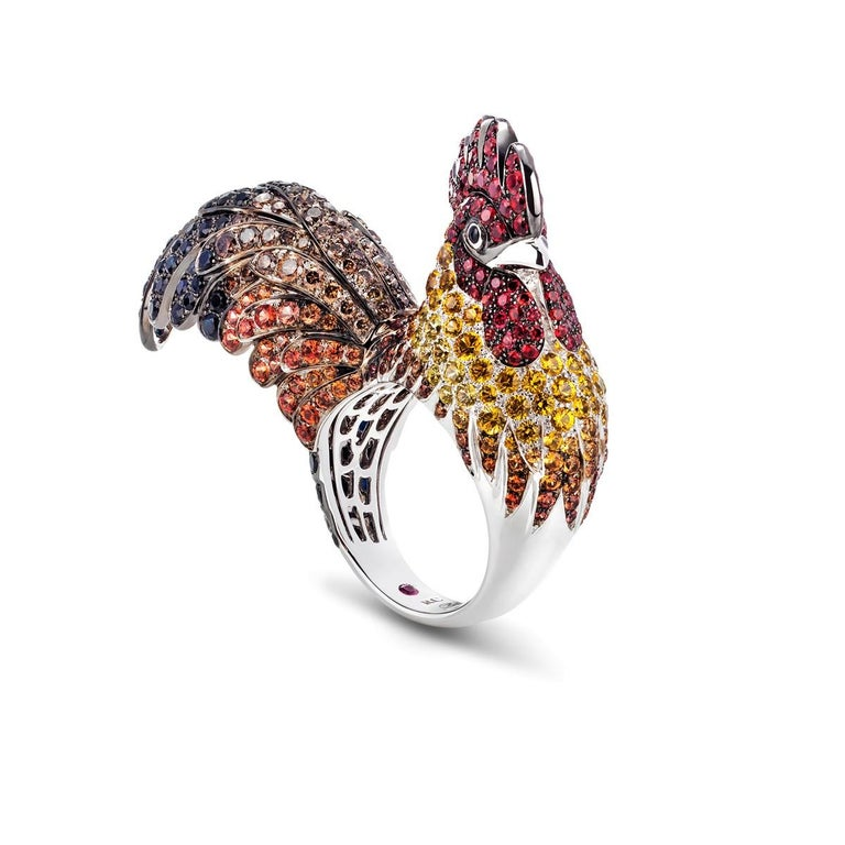 Round Cut Rooster Gemstones 18 Karat White Gold Ring For Sale