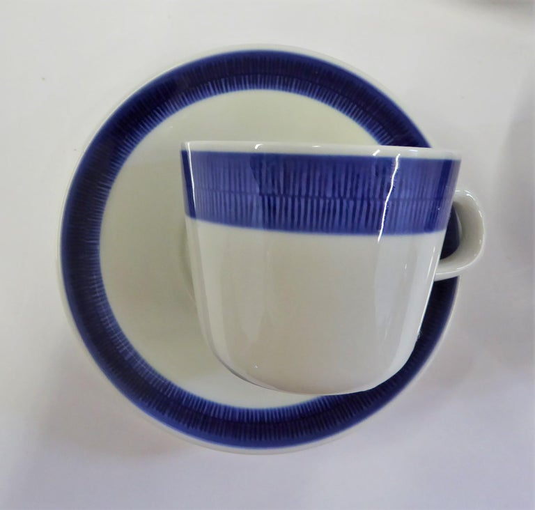 Mid-20th Century Rörstrand Coffee / Tea Set Koka Blå Pattern Designed by Hertha Bengtson, 1950s For Sale