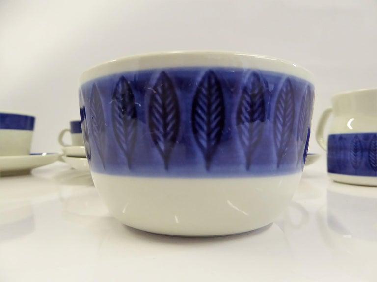 Rörstrand Coffee / Tea Set Koka Blå Pattern Designed by Hertha Bengtson, 1950s For Sale 1