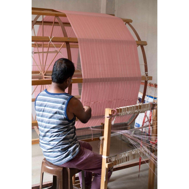 ROSA Plush Handloom Throw / Blanket / Bedspread In Pastel Pink Soft Merino  For Sale 6