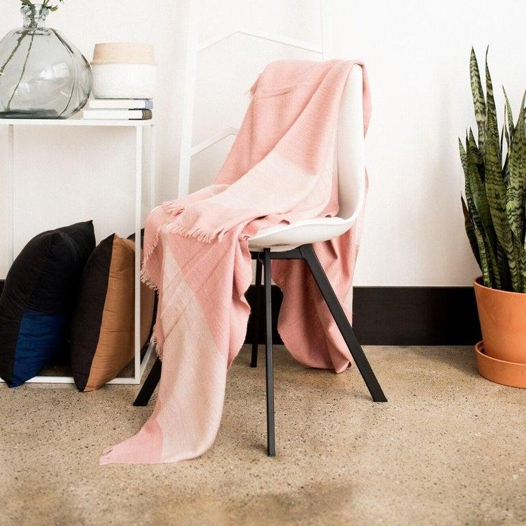 ROSA Plush Handloom Throw / Blanket / Bedspread In Pastel Pink Soft Merino  For Sale 2