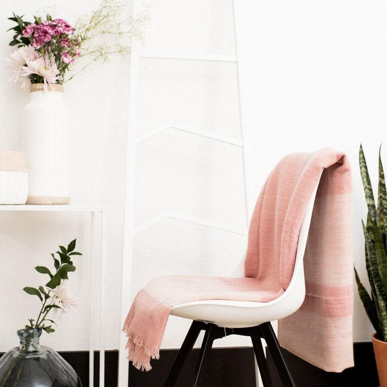 ROSA Plush Handloom Throw / Blanket / Bedspread In Pastel Pink Soft Merino  For Sale 4